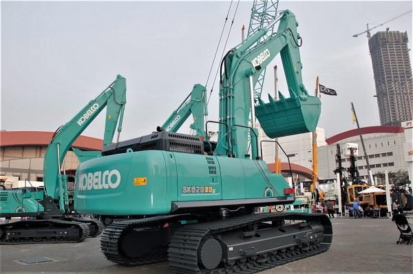 Hydraulic excavator Kobelco SK520 XD, kelas 50 ton.