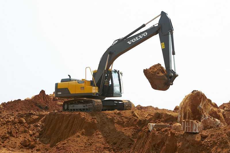 Excavator Volvo EC 200D (Kredit foto: EI)